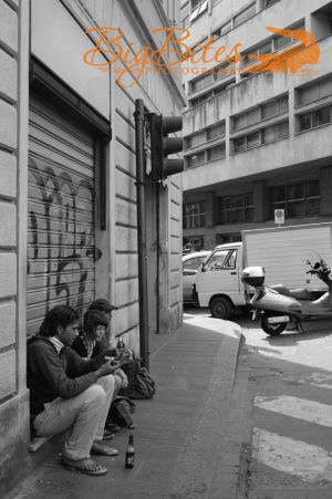 People-on-the-street-Florence-Italy-Big-Bites-Photography.jpg