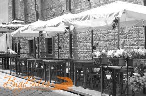 Street-tables-Florence.jpg