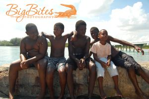 the-boys-5-color-Bahamas-Big-Bites-Photography.jpg